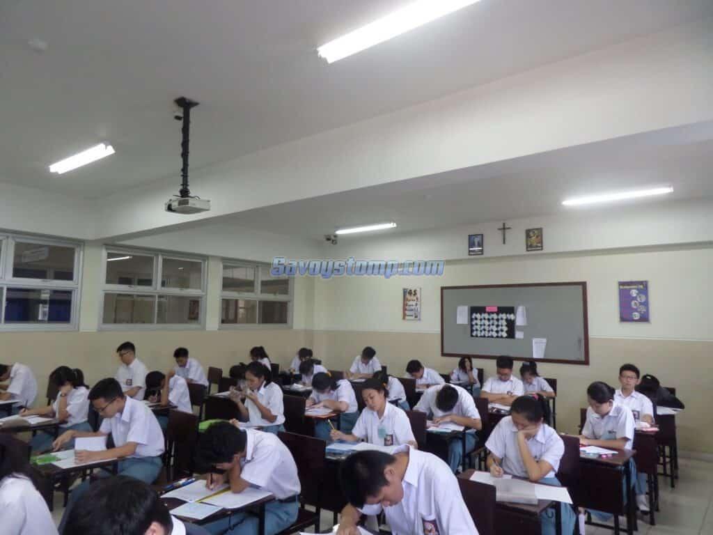 Bank-Soal-UN-Bahasa-Inggris-SMA.