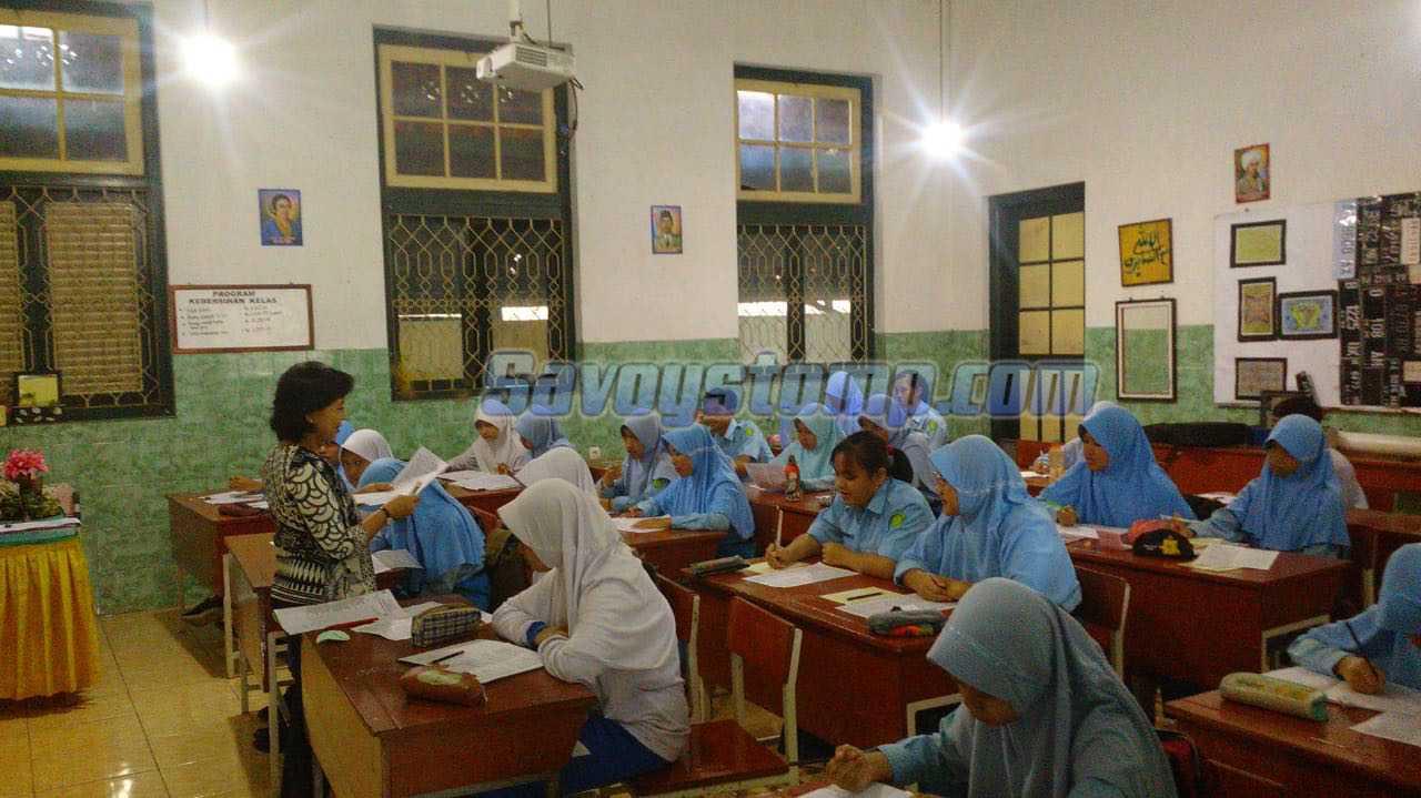 Belajar-Soal-UTS-Bahasa-Indonesia-Kelas-7-Semester-Gasal