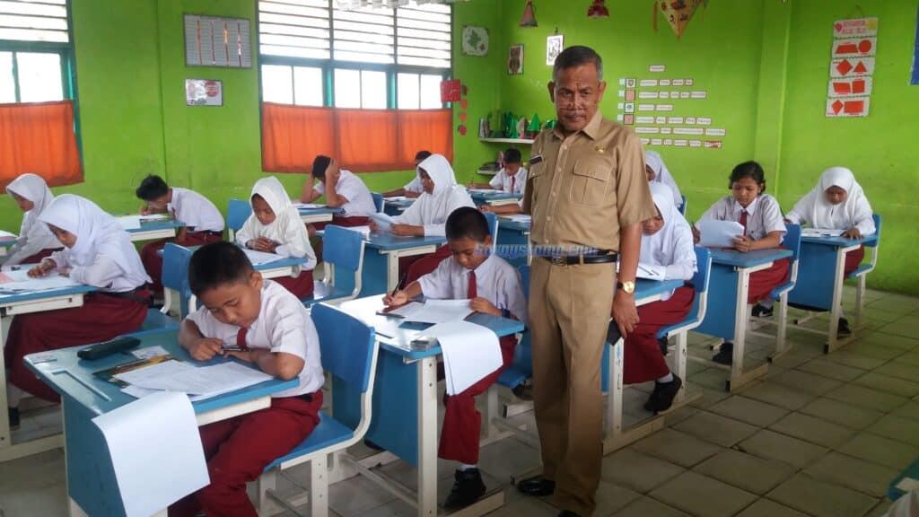 Contoh-Soal-UTS-Bahasa-Indonesia-Kelas-6-Semester-1-beserta-Pembahasan-scaled