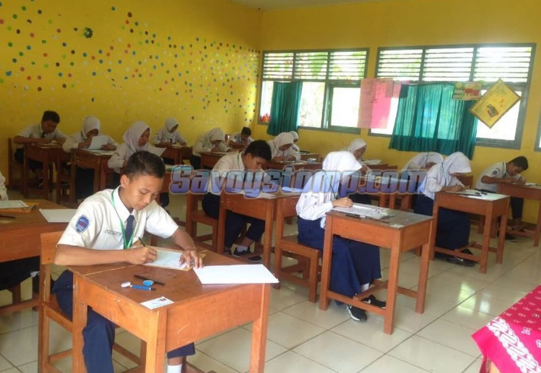 Mempersiapkan-Diri-dengan-Belajar-Contoh-Soal-UTS-Bahasa-Indonesia-Kelas-8