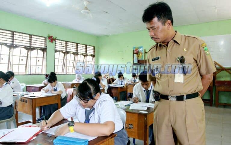Mempersiapkan-Diri-melalui-Pengerjaan-Contoh-Soal-UN-IPA-SMA