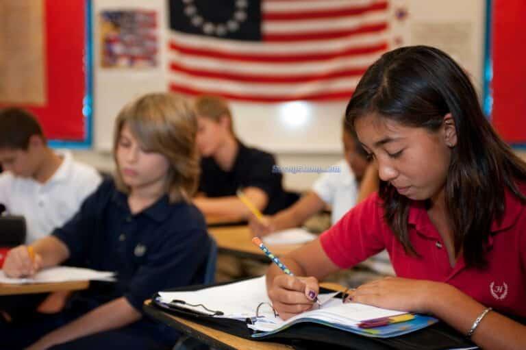 Soal-UTS-Bahasa-Inggris-Kelas-8-scaled